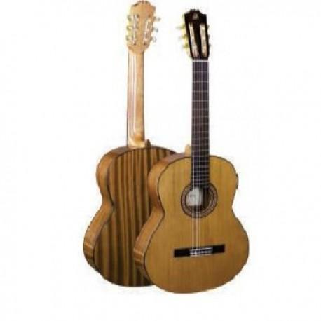 Admira A2 Guitarra española