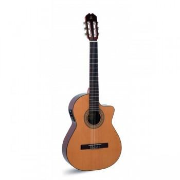 Admira Juanita ECF Electrificada cutaway Fishman Guitarra española.